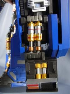 ULTIMETAL UM-01 OPTIMUS PRIME 01 FIGURE038