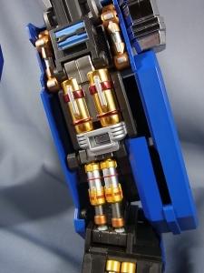 ULTIMETAL UM-01 OPTIMUS PRIME 02 ARMOR016