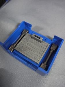 ULTIMETAL UM-01 OPTIMUS PRIME 02 ARMOR017