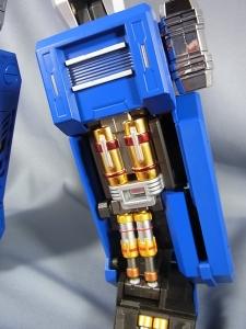 ULTIMETAL UM-01 OPTIMUS PRIME 02 ARMOR018