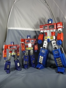ULTIMETAL UM-01 OPTIMUS PRIME 03 PARTSACTION016