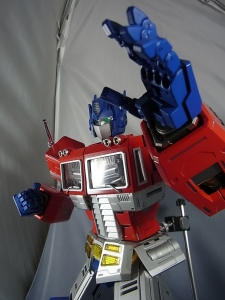 ULTIMETAL UM-01 OPTIMUS PRIME 03 PARTSACTION022
