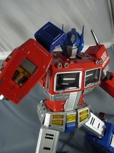 ULTIMETAL UM-01 OPTIMUS PRIME 03 PARTSACTION025