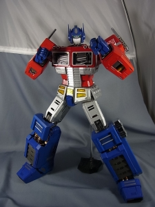 ULTIMETAL UM-01 OPTIMUS PRIME 03 PARTSACTION029