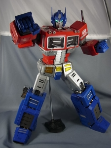 ULTIMETAL UM-01 OPTIMUS PRIME 03 PARTSACTION040