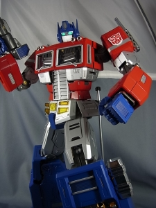 ULTIMETAL UM-01 OPTIMUS PRIME 03 PARTSACTION053