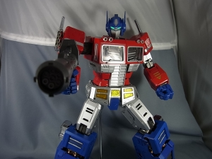 ULTIMETAL UM-01 OPTIMUS PRIME 03 PARTSACTION056