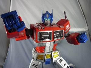 ULTIMETAL UM-01 OPTIMUS PRIME 03 PARTSACTION042