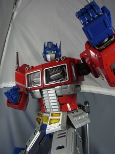 ULTIMETAL UM-01 OPTIMUS PRIME 03 PARTSACTION018