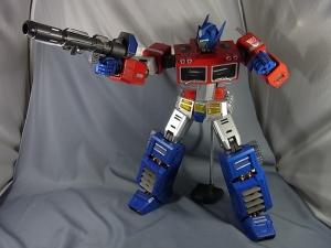 ULTIMETAL UM-01 OPTIMUS PRIME 03 PARTSACTION051