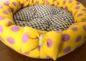 フリース丸ベッド(ドット)2