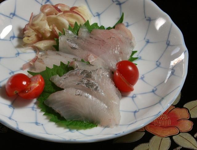 IMG_3552マトウダイ・刺身 (640x487)