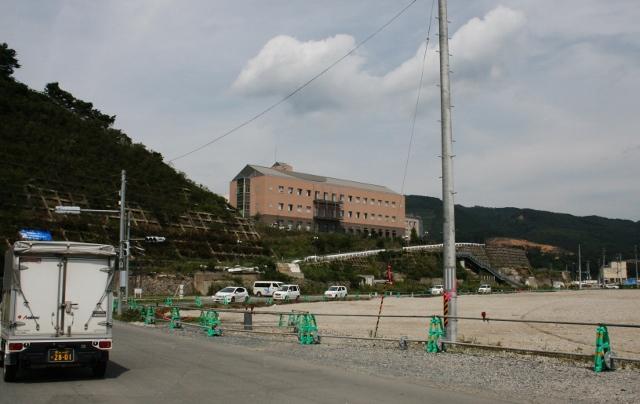 IMG_3459女川・町立病院 (640x404)