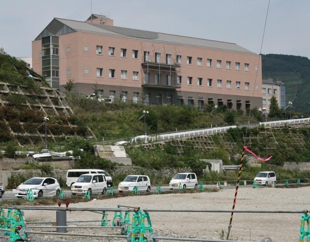 IMG_3461女川・町立病院 (640x500)