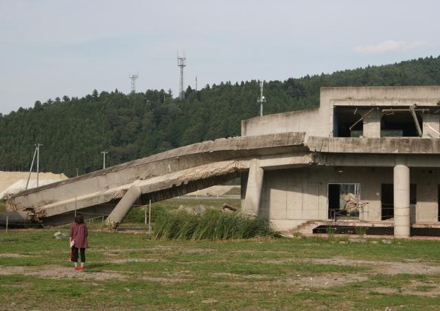 IMG_3510大川小学校 (640x453)