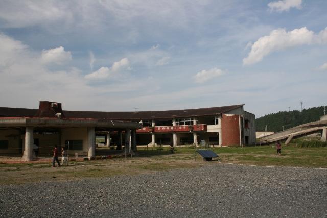 IMG_3511大川小学校 (640x427)