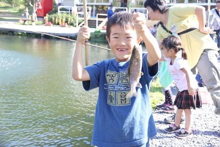 釣りを楽しんだり