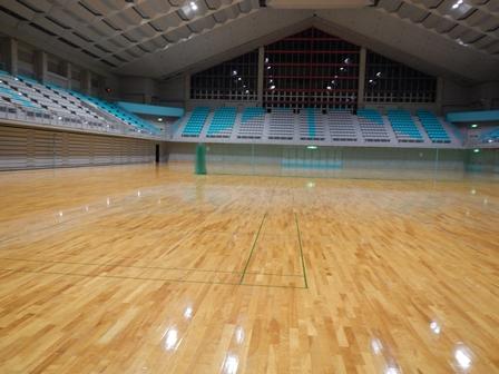 終わった体育館