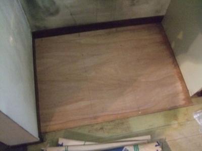 補修した床面