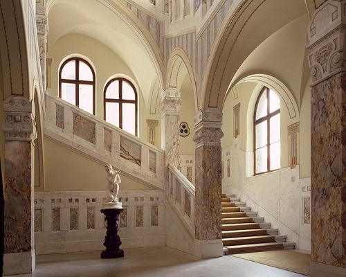 Rooms in the Faber-Castell Castle,Treppenhaus500x400