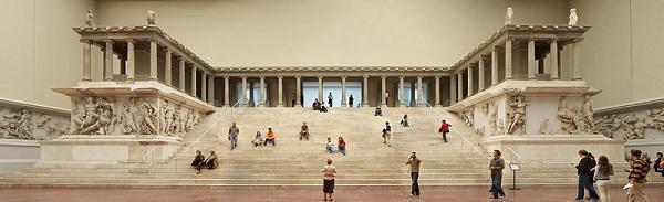 Pergamonmuseum02.jpg