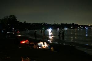 真夜中の海岸
