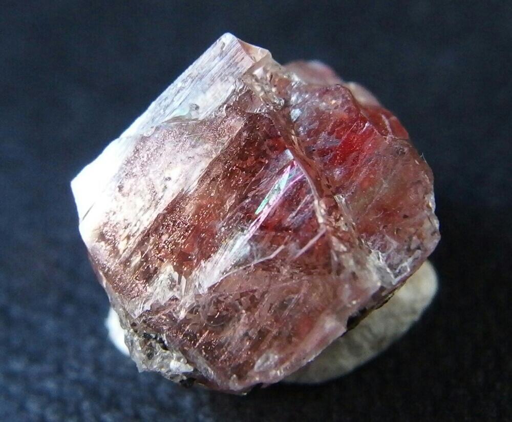 八丈島産 灰長石2 - 結晶標本箱