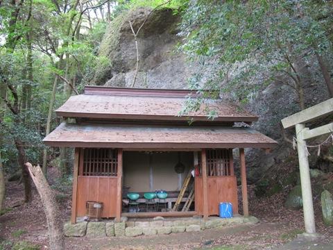 亀山2 055