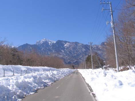 H2602022雪の広域農道