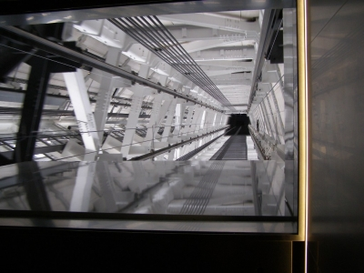 回廊エレベーター