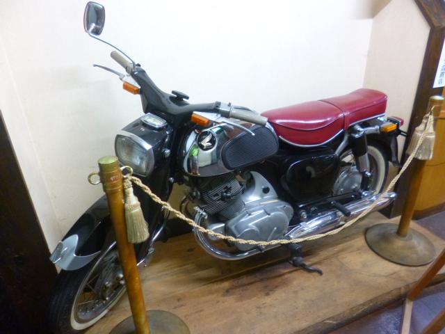 バイク乗るのですが,こういうビンテージバイクのことは分かんないです