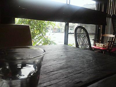 古民家cafeこころ店内からの眺め