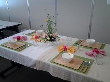 イースターのテーブルコーディネート