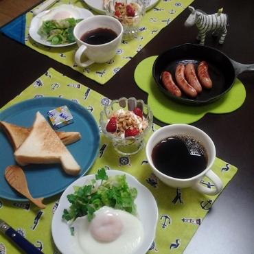 初夏の気分で朝食