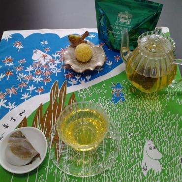 緑茶ダージリン