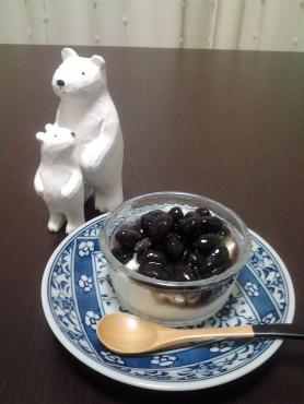 白くまと黒豆ヨーグルト