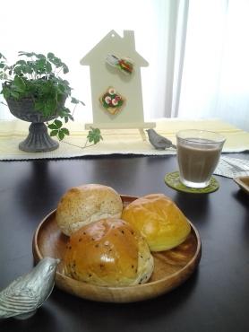 三種のパン