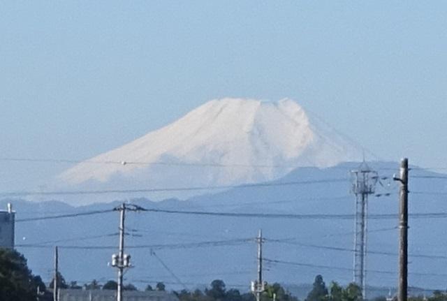 富士の初冠雪