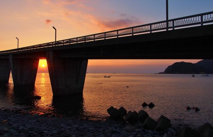 大明神橋の夕景 2