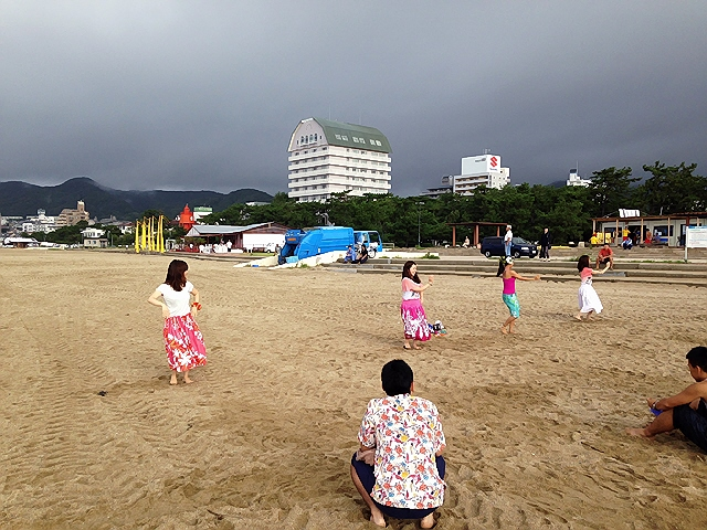お盆休みのフラレッスン。この夏の懐かしい思い出ですヽ(^o^)丿