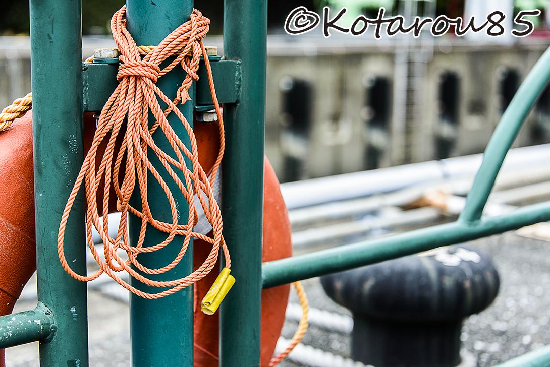 扇橋閘門 浮き2 20140810