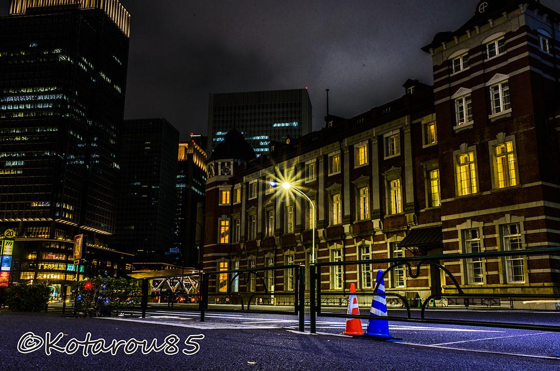 日曜深夜の東京駅