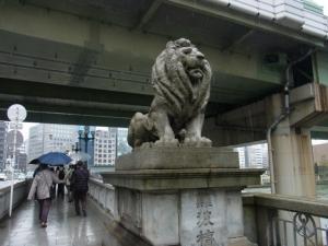 難波橋ライオン像