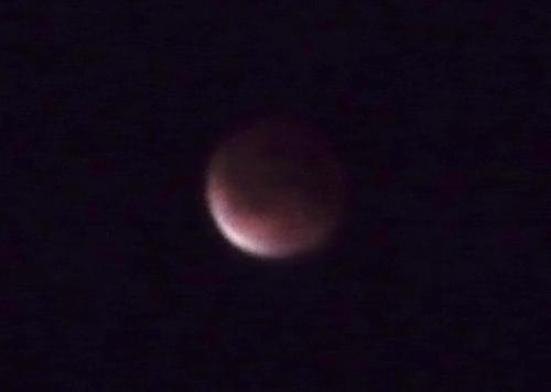 皆既月食2011-4