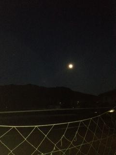 三笠の山に