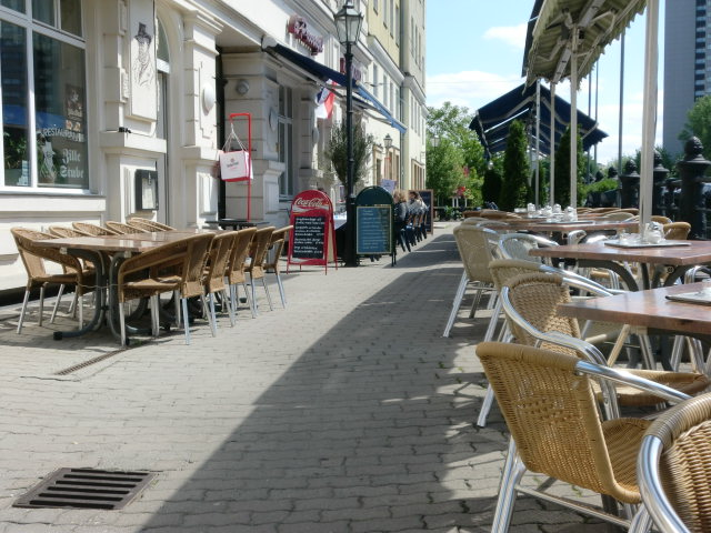 ニコライ地区カフェ