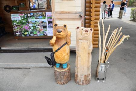 木彫りのクマ(笑)