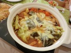 トマトカレーチーズ鍋