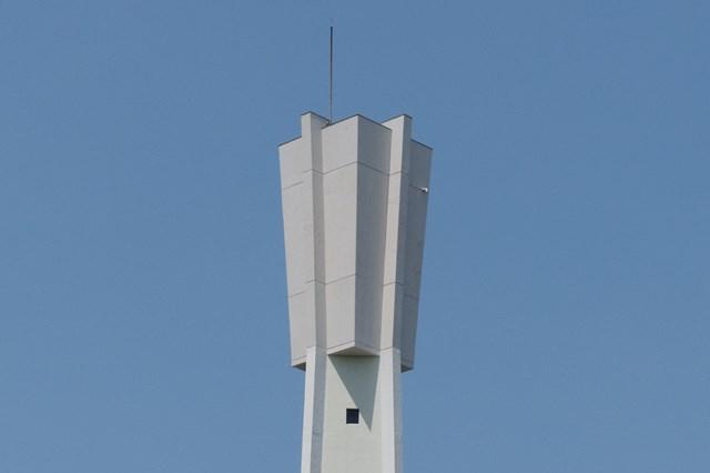 公団国分団地給水塔の頂部