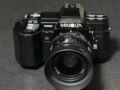 α-7000_1-1